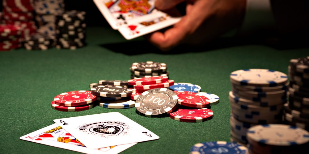 Ideal desired goals concerning savoring texas holdem on the web